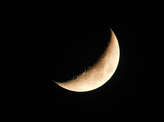 moon-1409335_960_720.jpg
