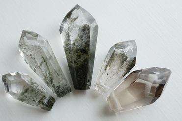 ガネーシュヒマール水晶《18面体》