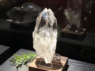 [動画あり]ガネーシュヒマール産水晶(単結晶)[完売]